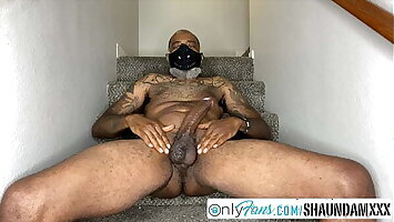 SHAUNDAM OILS UP HIS Obese BLACK MEAT STICK FOR HIS ONLYFANS
